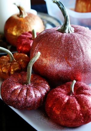 glitter pumpkin red